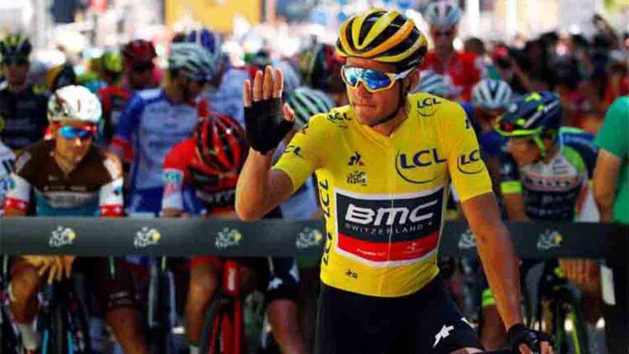 Van Avermaet se despide del maillot amarillo después de su ambición