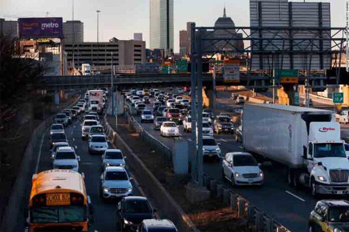 Uber quiere competir con el Transporte Público
