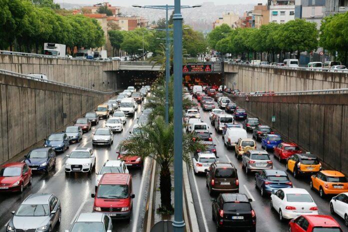 Retenciones en Barcelona por la operación salida de Sant Joan