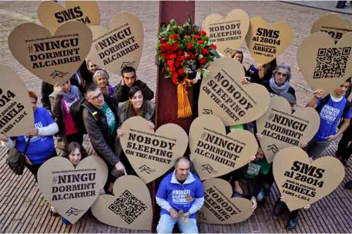 Una ONG localiza 1195 personas sin hogar en Barcelona