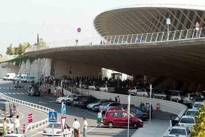 La huelga en el aeropuerto de Bilbao podría cancelar 14 vuelos a Madrid