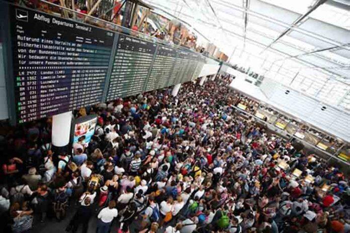 130 vuelos cancelados al presionar una puerta de seguridad en el Aeropuerto de Múnich