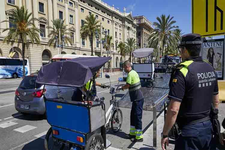 En Barcelona hay más de 2.000 bicitaxis