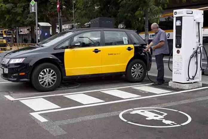Endolla Barcelona, nuevo servicio municipal de recarga para VE