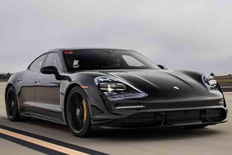 Porsche Taycan, el gran rival de Tesla