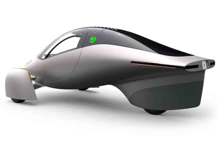 Regresa Aptera con un vehículo eléctrico para 1600 km de autonomía
