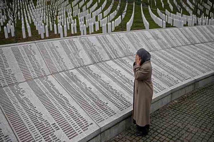 Sentencia sobre el genocidio de más de 8.000 muertos de Srebrenica