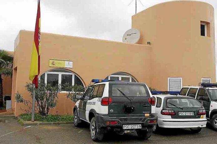 Un niño encontrado ahorcado en su casa en Ibiza