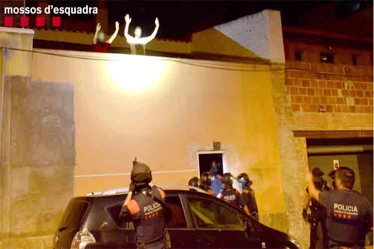 3 detenidos en Amposta por secuestrar y torturar a un hombre