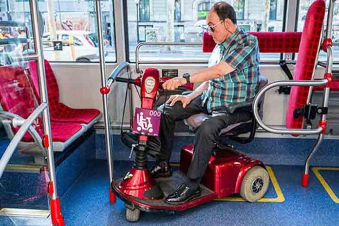 Acceso de scooters homologados al transporte público de Barcelona