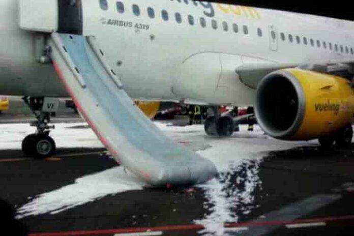 Aterrizaje de emergencia en El Prat de una avión de Vueling