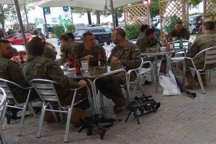 Defensa investigará a los legionarios que bebían armados