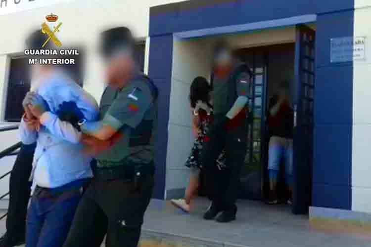 Detenidos cuatro atracadores de bancos en Almería