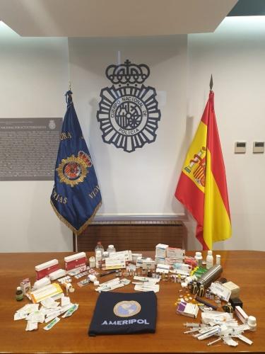 Detenidos seis ciclistas y cinco personas más por distribuir sustancias dopantes