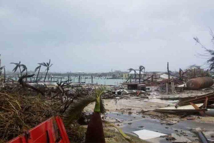 El huracán Dorian ya ha causado 5 muertos en las Bahamas