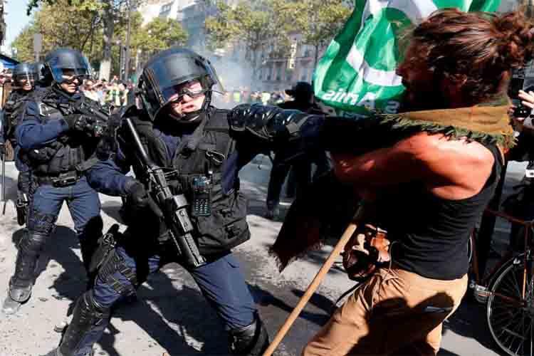 Fuertes disturbios en Paris mientras la protesta por el cambio climático