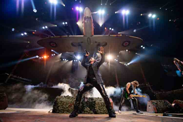 IRON MAIDEN detiene un concierto después de que 10 guardias golpeasen a un fan