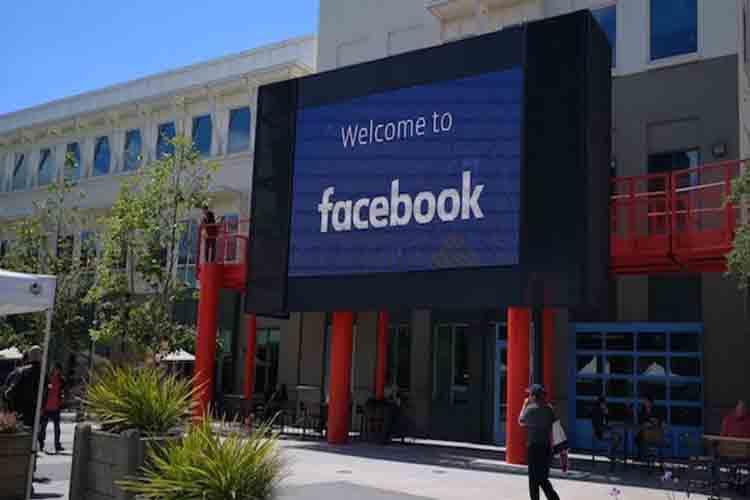La fiscal que investiga a Facebook y Google en EE.UU.