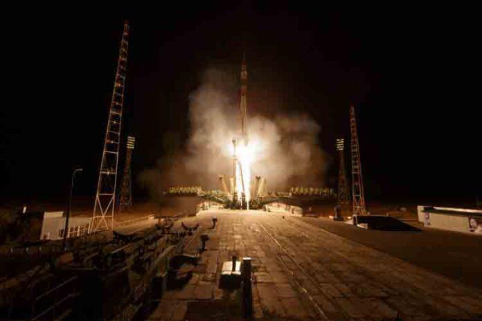 Rusia lanza la nave Soyuz MS-15 a la Estación Espacial Internacional-1
