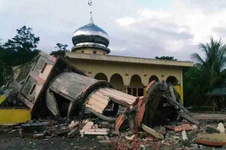 Un terremoto de magnitud 6,5 sacude el este de Indonesia