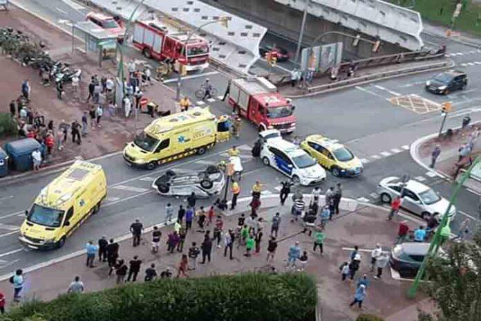 Varios heridos en un accidente en Gran Vía con calle Argentina
