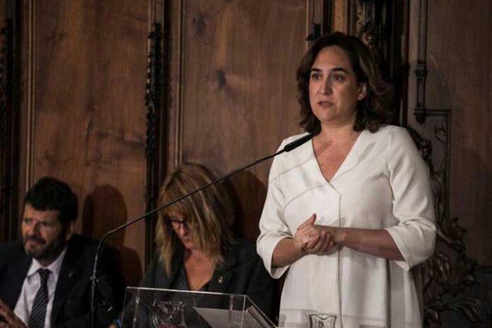 Ada Colau: Desde la serenidad y el respeto, hace falta que hablemos claro