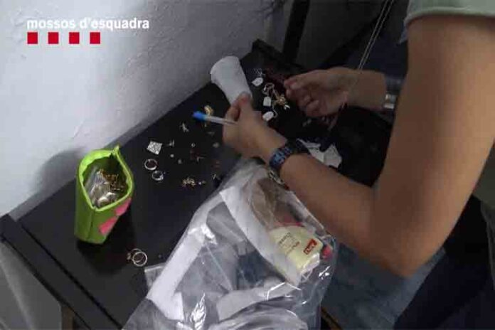 Desarticulado un grupo dedicado a robar en El Prat por el método de marcadores