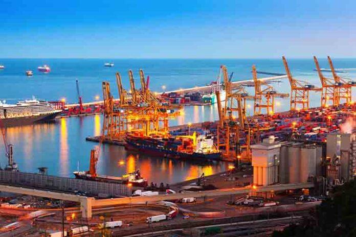 El puerto de Barcelona garantiza los servicios mínimos en la huelga general