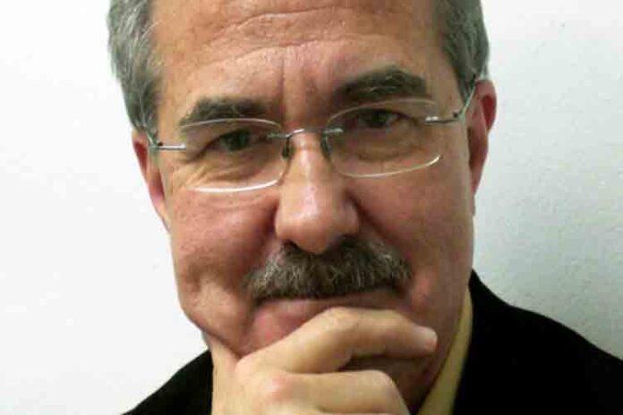 Entrega en Barcelona de la Medalla de Oro al Mérito Cultural a Daniel Giralt-Miracle