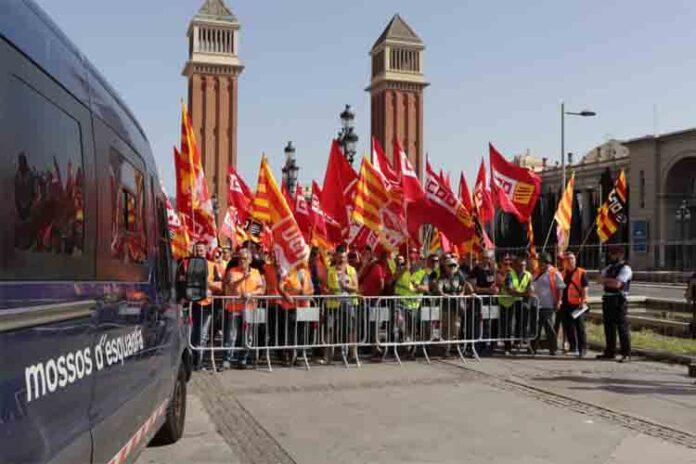 Huelga del sector de transportes y Logística en Catalunya