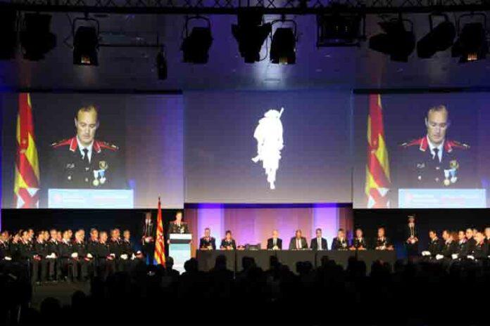 La cúpula de los Mossos echa de menos el apoyo institucional