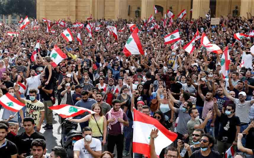 Las protestas del Libano siguen pidiendo la renuncia del gobierno