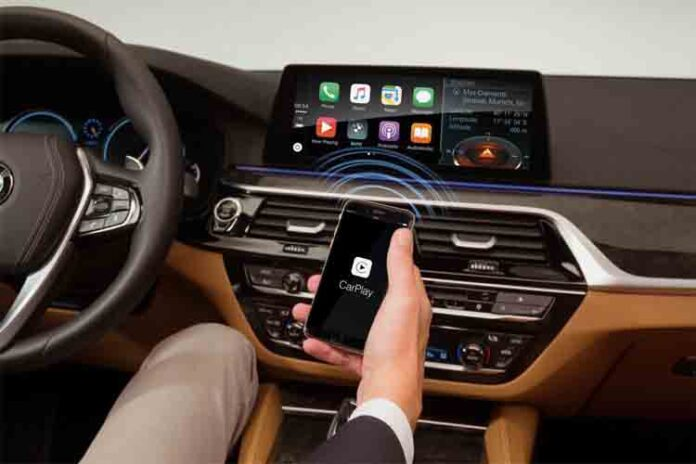 Por qué es una buena idea hacer que su coche se parezca más a su teléfono
