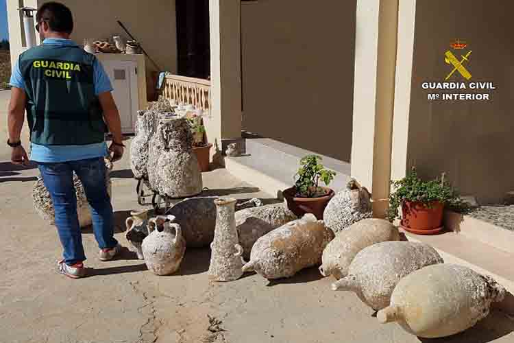 Recuperadas más de 100 piezas expoliadas de yacimientos subacuáticos de Formentera