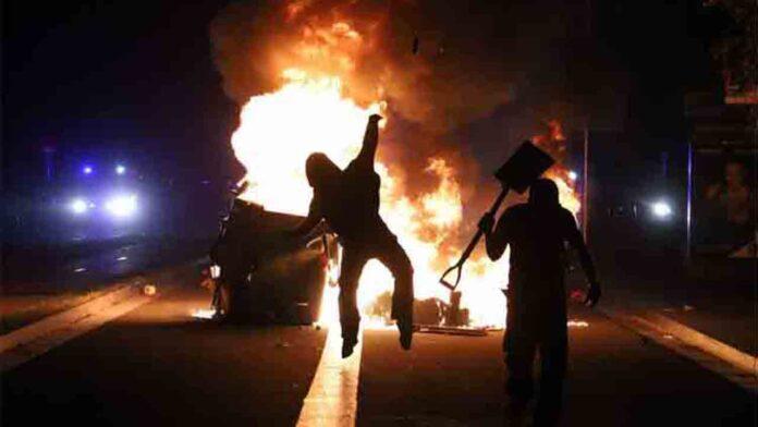 Tercer día de violencia: Barcelona vuelve a estar en llamas