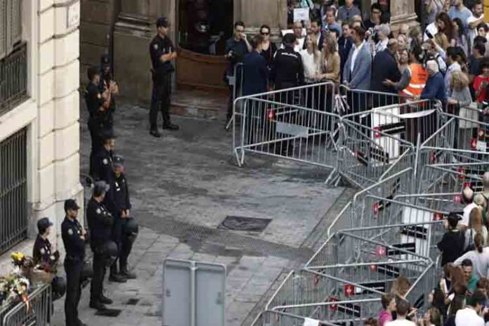 Barcelona presiona al gobierno para cerrar la comisaría de Via Laietana