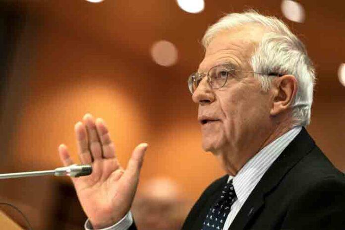 Borrell tiene 'bajo vigilancia' a cónsules de Barcelona para que no simpaticen con el independentismo