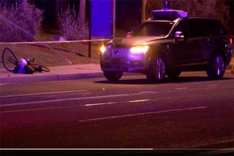 Culpan al conductor por la muerte del coche autónomo de Uber