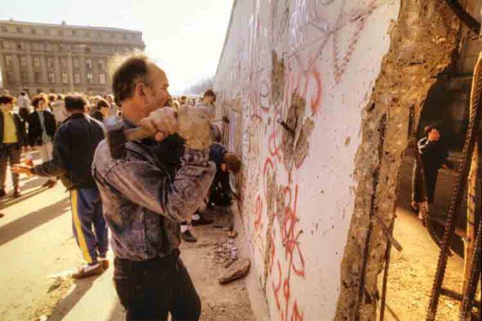 El día que cayó el muro de Berlín - 30 Aniversario