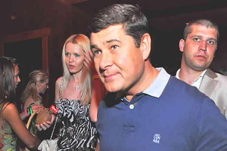 España extraditará a Ucrania al ex miembro del parlamento Oleksandr Onyshchenko