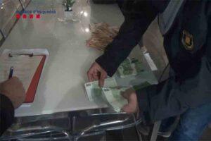 Estafan más de 730000 euros a entidades bancarias con un entramado societario