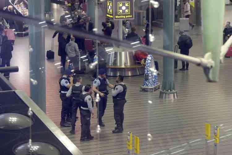 Evacuado un avión en Amsterdam con destino Madrid