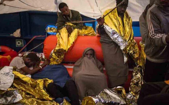 Italia permite desembarcar a los migrantes del Open Arms y el Aita Mari