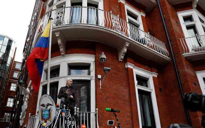 La agencia española que espió a Assange se jactó de tener lazos de inteligencia estadounidense