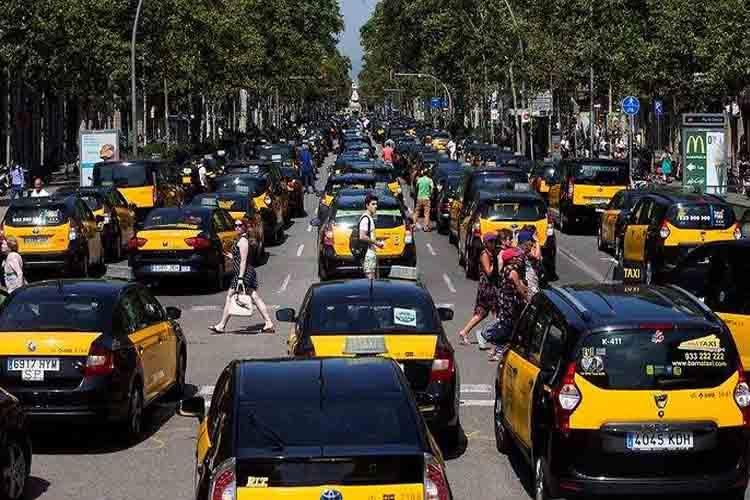 PSOE, Podemos, PP, Ciudadanos y Vox: Qué ofrecen en el conflicto Taxi VTC