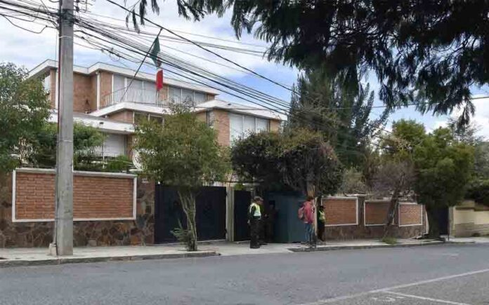 España envía un funcionario a Bolivia para investigar el incidente de la embajada