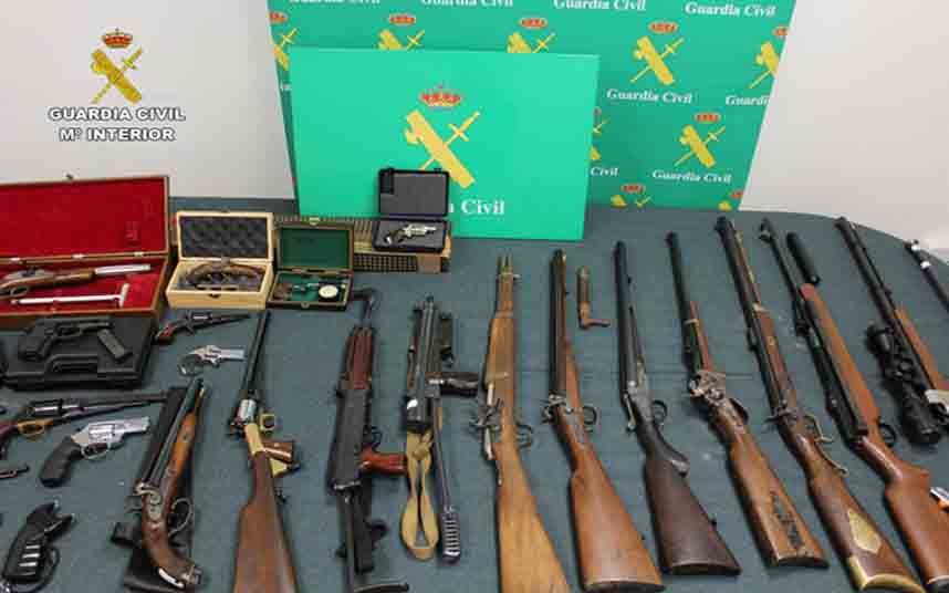 La Guardia Civil desmantela un taller de fabricación de artefactos explosivos