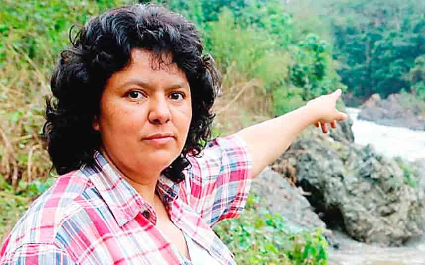 Un tribunal hondureño condena a siete hombres por el asesinato de la activista Berta Cáceres