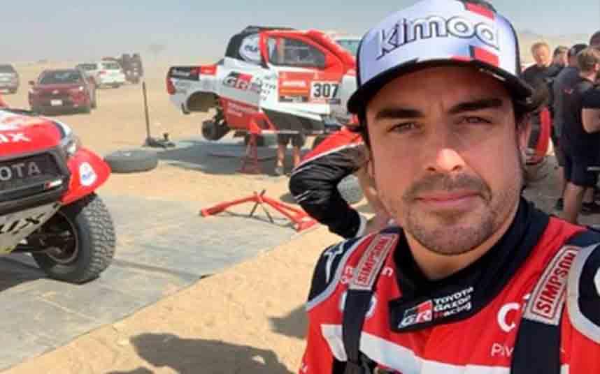 Alonso pretende hacer historia mientras el Dakar se dirige a Arabia Saudita
