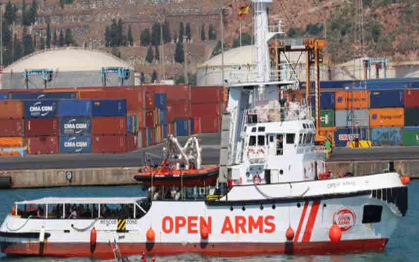 El Open Arms y el Sea Watch 3 esperan un puerto donde desembarcar a 237 rescatados